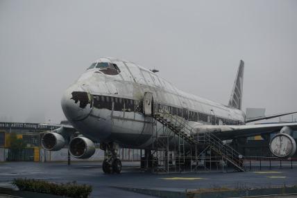 aircraft-1221605_960_720